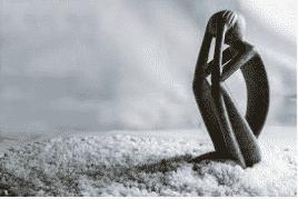 le mouvement qui accompagne la tristesse : le repli